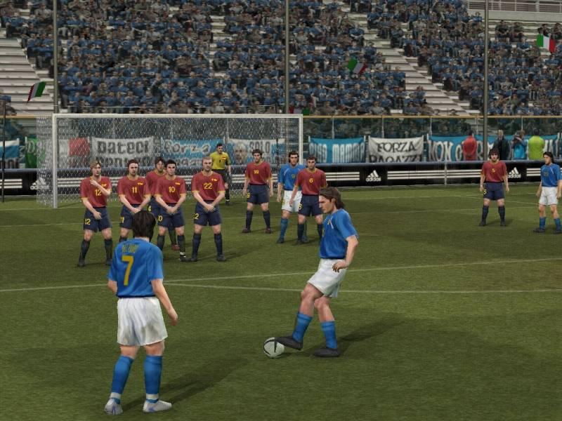 Details und Bilder zu Pro Evolution Soccer 4