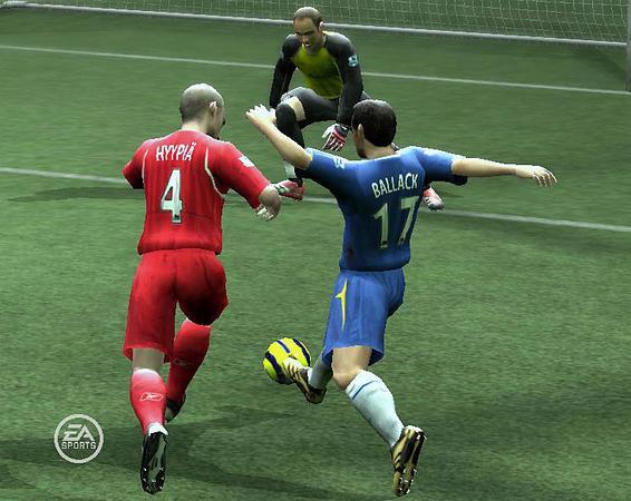 Spieletest: FIFA 07 - Schlaue Pässe, dumme Torhüter