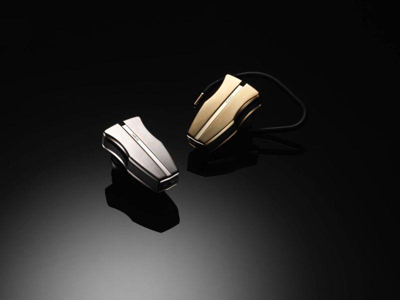 Goldenes Headset mit 24 Karat