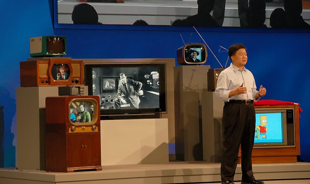 Adobes Flash kommt ins Fernsehen - Intel-Vize Eric Kim vor der TV-Geschichte