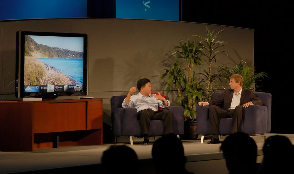 Adobes Flash kommt ins Fernsehen - Intel und Yahoo im digitalen Wohnzimmer