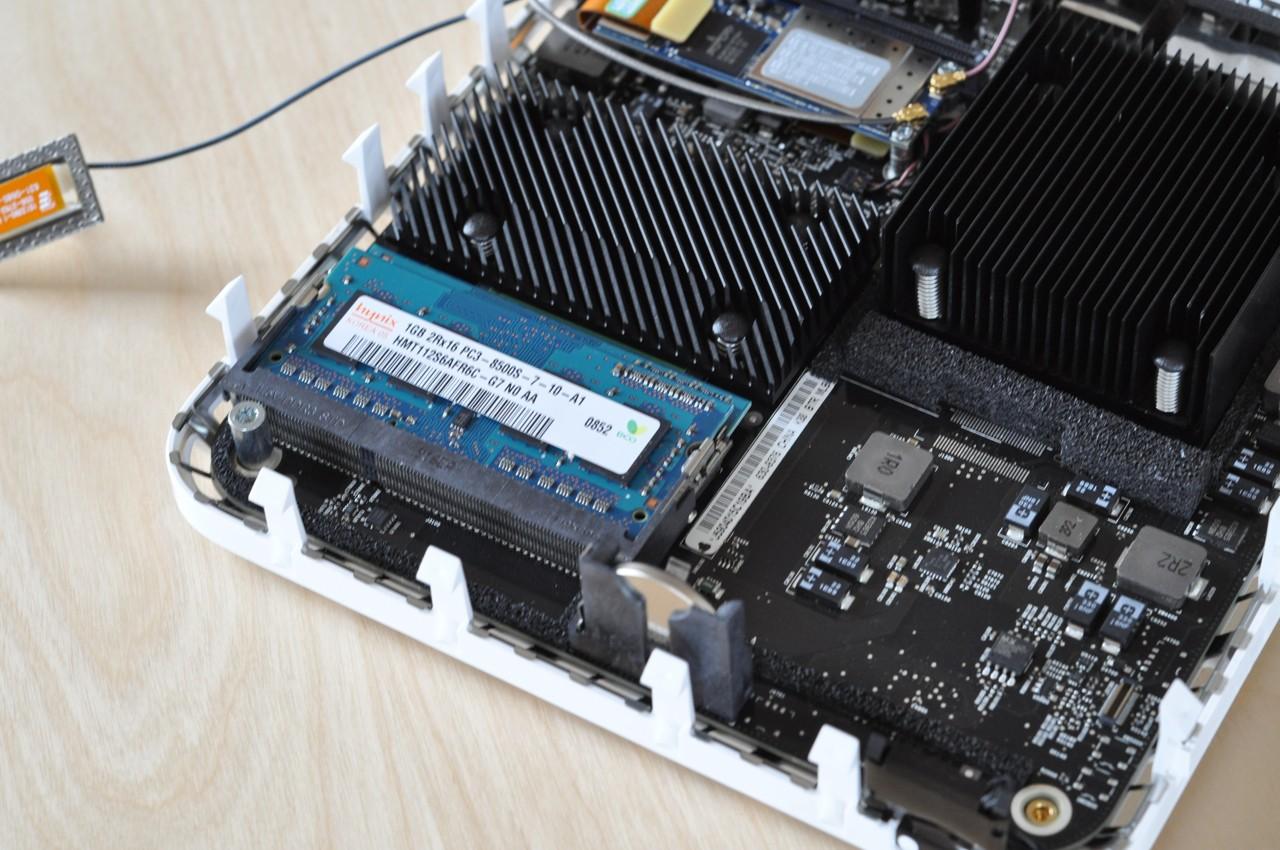 Test: Mac mini mit Dualdisplay und Geforce-Grafik - Mac mini 2009: Der neue nutzt DDR3-SO-DIMMs