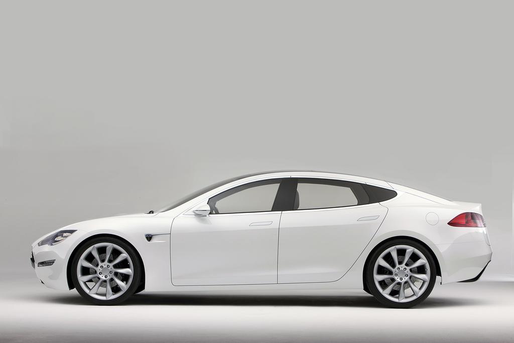 Tesla Motors: Kursverlust nach Personalwechsel - Tesla lagen Ende 2011 bereits 8.000 Bestellungen vor. (Foto: Tesla Motors)