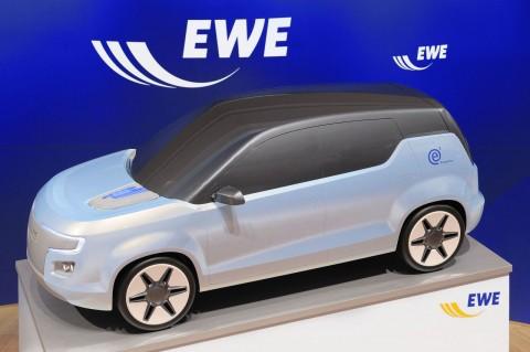 E3: Elektroauto und mobiler Energiespeicher. Hier noch im Modell, soll der erste Prototyp im Oktober 2009 zu Testfahrten aufbrechen.
