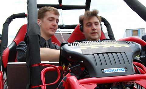Startklar: Das Auto verfügt über Assistenzsysteme, die Blinden das Fahren ermöglichen. (Foto: Virginia Tech)