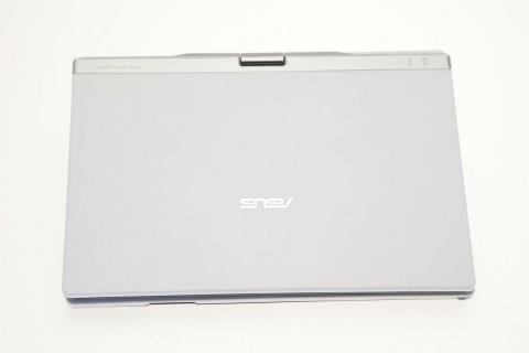 Asus Eee PC T91: Von außen sieht es wie ein normales Netbook aus.