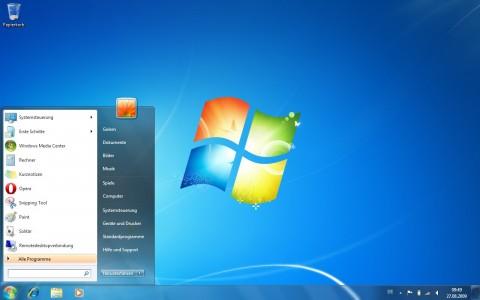 Windows 7 mit geöffnetem Startmenü