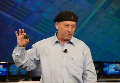Intel-Vize Mooly Eden präsentiert Clarksfield auf dem IDF 2009 in San Francisco.