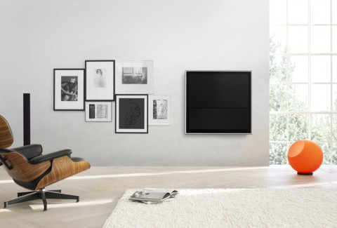 bang olufsen wandbild als fernseher. Black Bedroom Furniture Sets. Home Design Ideas