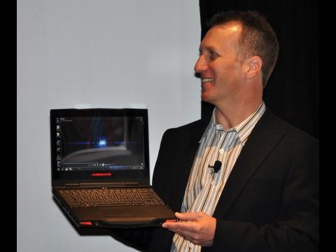 Das Alienware M11x ist sehr kompakt, ...