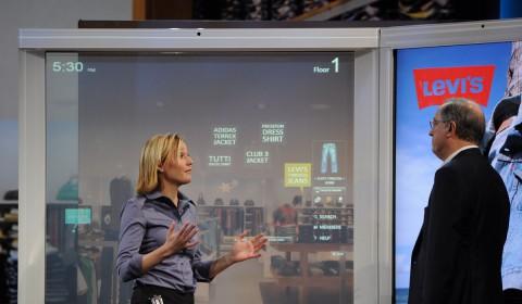 Intel und Frog zeigten das Digital Sign auf der CES.