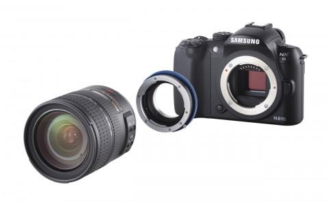 Samsung NX10 mit Novoflex-Adapter und Objektiv