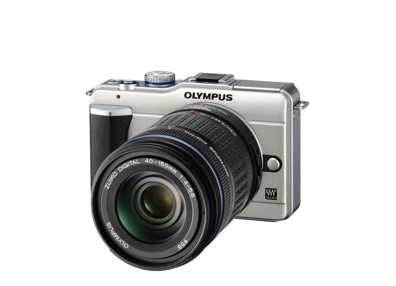 Olympus-Kompaktkamera Pen mit integriertem Blitz - Olympus Pen E-PL1 mit ZD 40-150mm