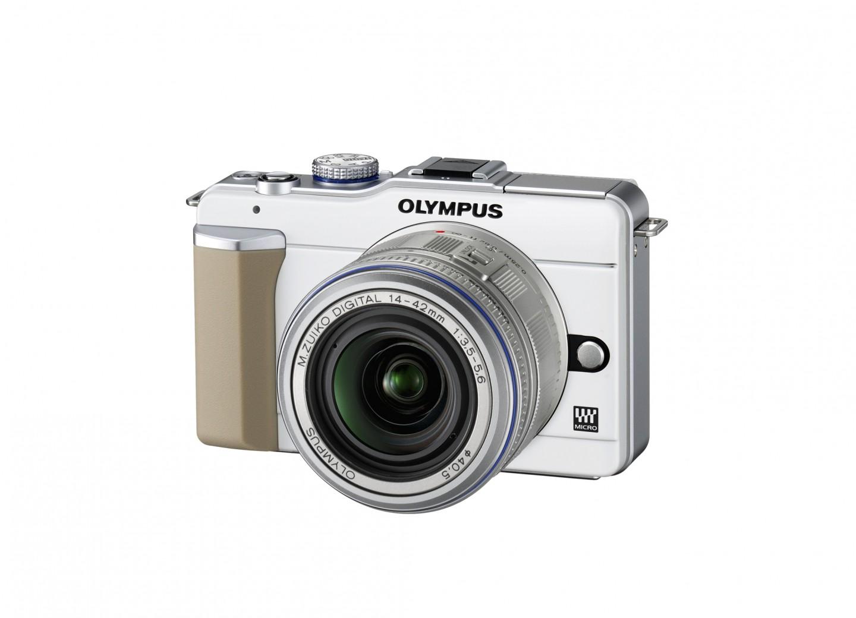 Olympus-Kompaktkamera Pen mit integriertem Blitz - Olympus Pen E-PL1 mit MZD 14-42mm