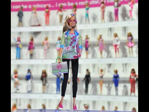 Computer Software Engineer Barbie - Puppe als Vorbild für angehende Informatikerinnen?