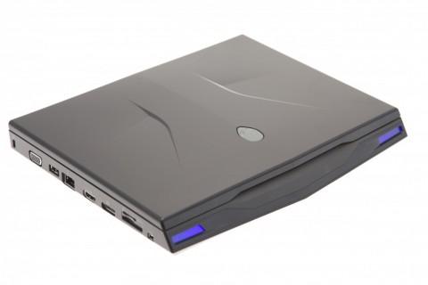 Tiefergelegt und leuchtend: Alienware M11x.