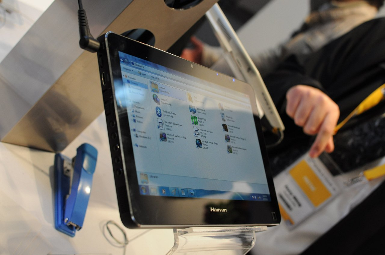 Hanvon zeigt iPad-Konkurrent mit Windows 7 - Hanvons 10-Zoll-Multitouch-Tablet...