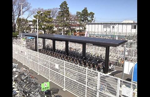 Fahrradleihstation mit Solaranlage in Tokio (Foto: Sanyo)