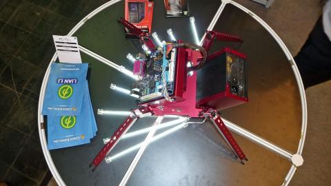 Lian Li Pitstop PC-T1 - Spinne für Mini-ITX-Mainboards