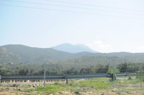 Im Bus: kurz nach 12 Uhr in den Pyrenäen