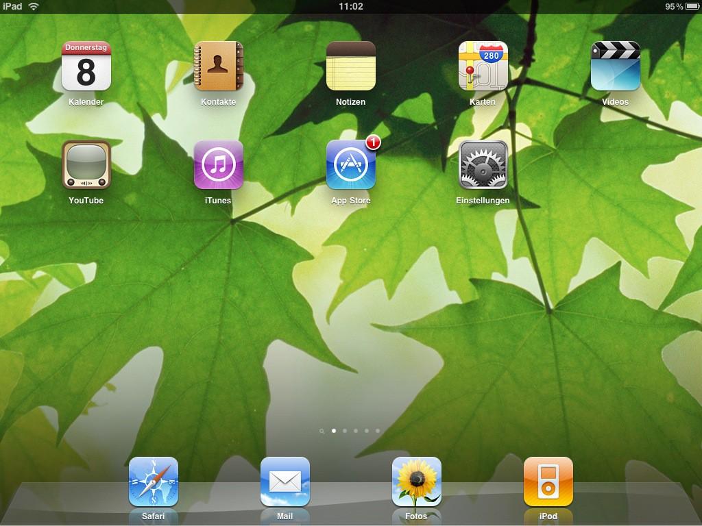 Test: iPad - beeindruckend, aber nicht magisch - ... kann auch quer betrachtet werden. Die Symbole ordnen sich so aber um. In der unteren Leiste lassen sich sechs Symbole unterbringen.