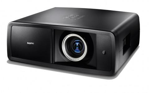 Sanyo-Projektor PLV-Z4000 - minimal veränderter PLV-Z3000