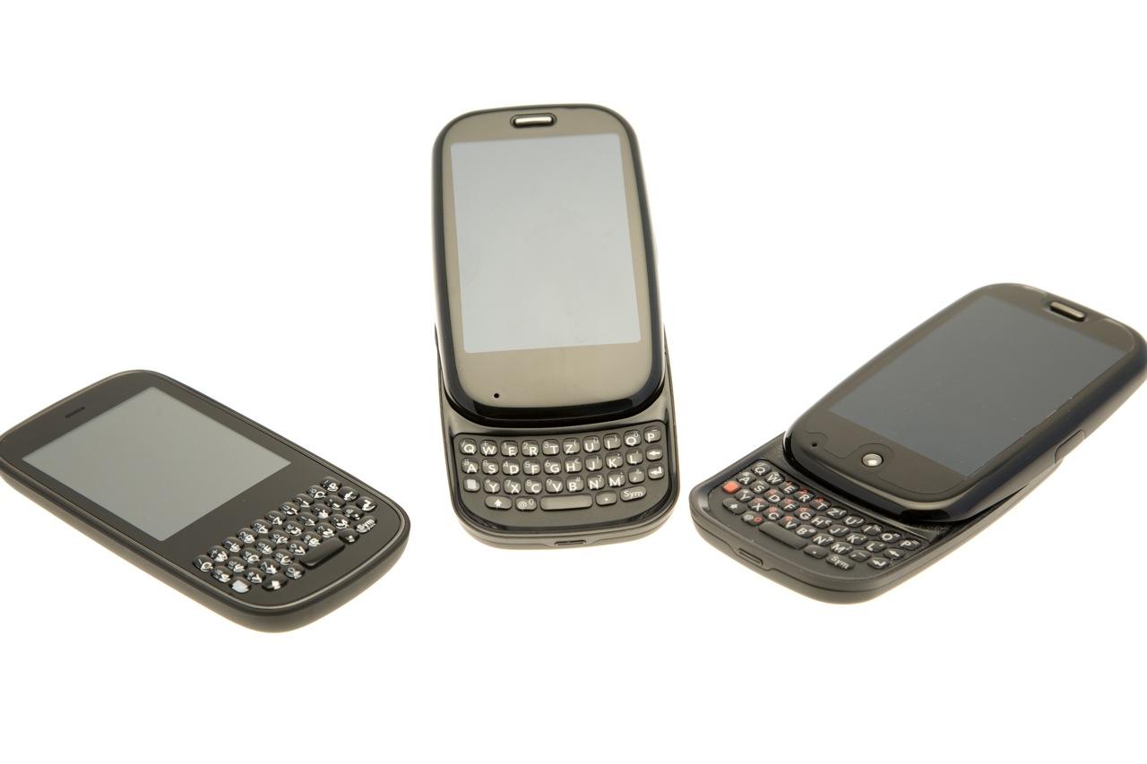 Palm Pixi Plus im Test: Leichtes WebOS-Smartphone mit WLAN und Minitastatur - Pixi Plus vs. Pre Plus vs. Pre