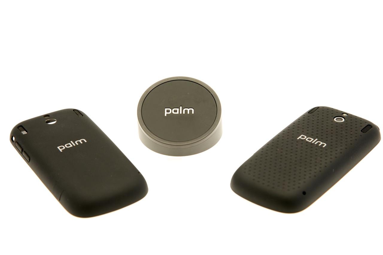 Palm Pixi Plus im Test: Leichtes WebOS-Smartphone mit WLAN und Minitastatur -