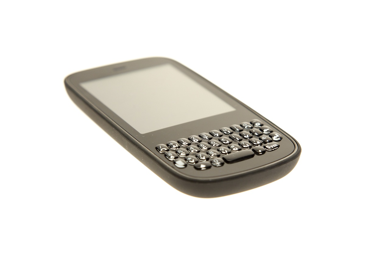 Palm Pixi Plus im Test: Leichtes WebOS-Smartphone mit WLAN und Minitastatur - Palm Pixi Plus