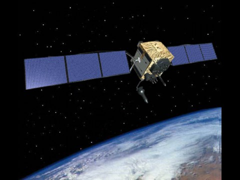 Satellit der Generation GPS-IIF im All (Grafik: US Air Force)