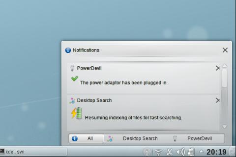 Das neuen Benachrichtigungsfeld in KDE 4.5 Beta 1