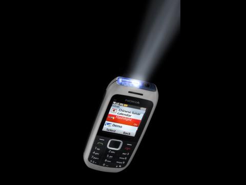 Nokia C1-00 mit Taschenlampe