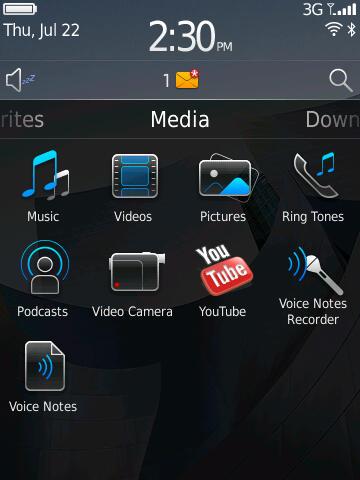 Blackberry 6: Neuer Startbildschirm bringt mehr Komfort - Blackberry 6 - Startbildschirm mit aktiviertem Media-Bereich