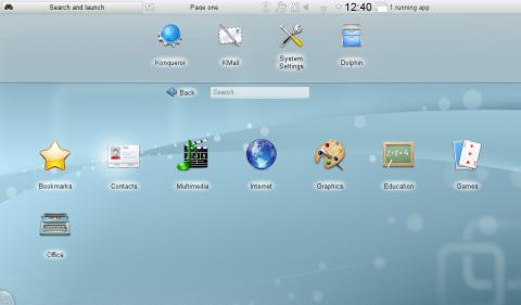 Der Plasma-Desktop von KDE SC 4.5 in der Netbook-Version