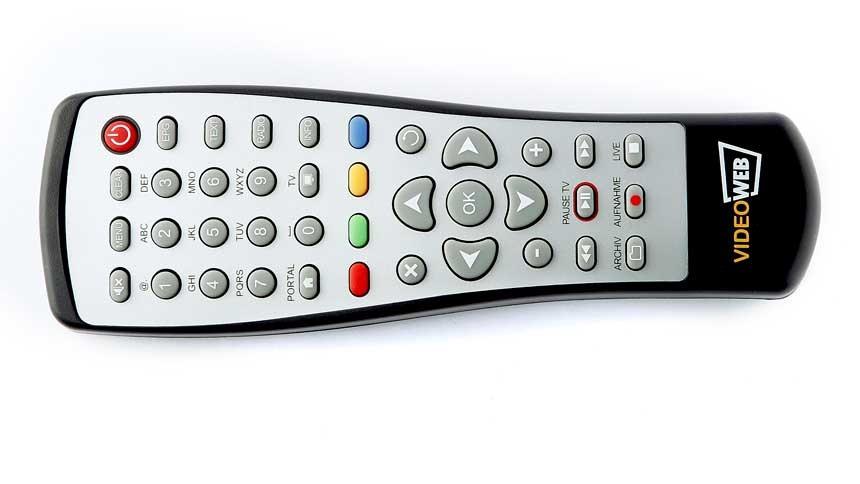 Videoweb 600S: HDTV-Sat-Receiver mit Onlineanbindung lieferbar - Videoweb 600S - Fernbedienung