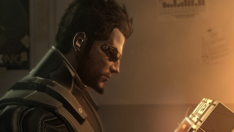 Deus Ex Human Revolution - der Protagonist Adam Jensen (Screenshot: Square Enix/Eidos