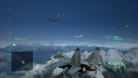 Im Formationsflug mit gegnerischen Flugzeugen.