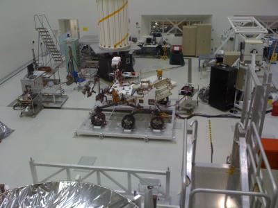 Leben auf dem Mars: Nasa stellt mobiles Labor für Marsmission fertig - Marsrover Curiosity im Bau (Foto: Nasa)