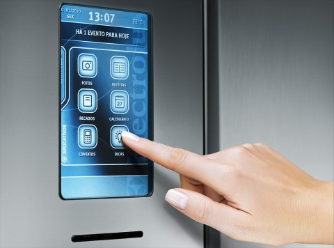 Der interaktive Kühlschrank der Infinity-I-Kitchen-Serie von Electrolux - Bild: Electrolux