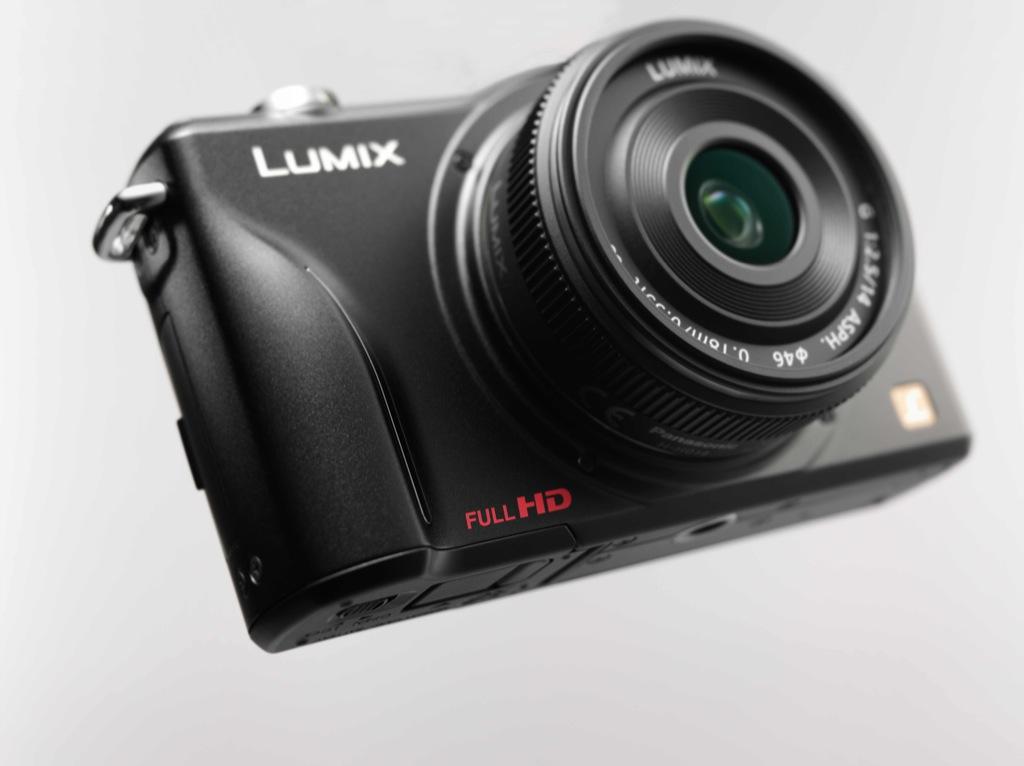 Panasonic: Kleine Kompaktkamera mit Wechseloptik - Panasonic Lumix GF2