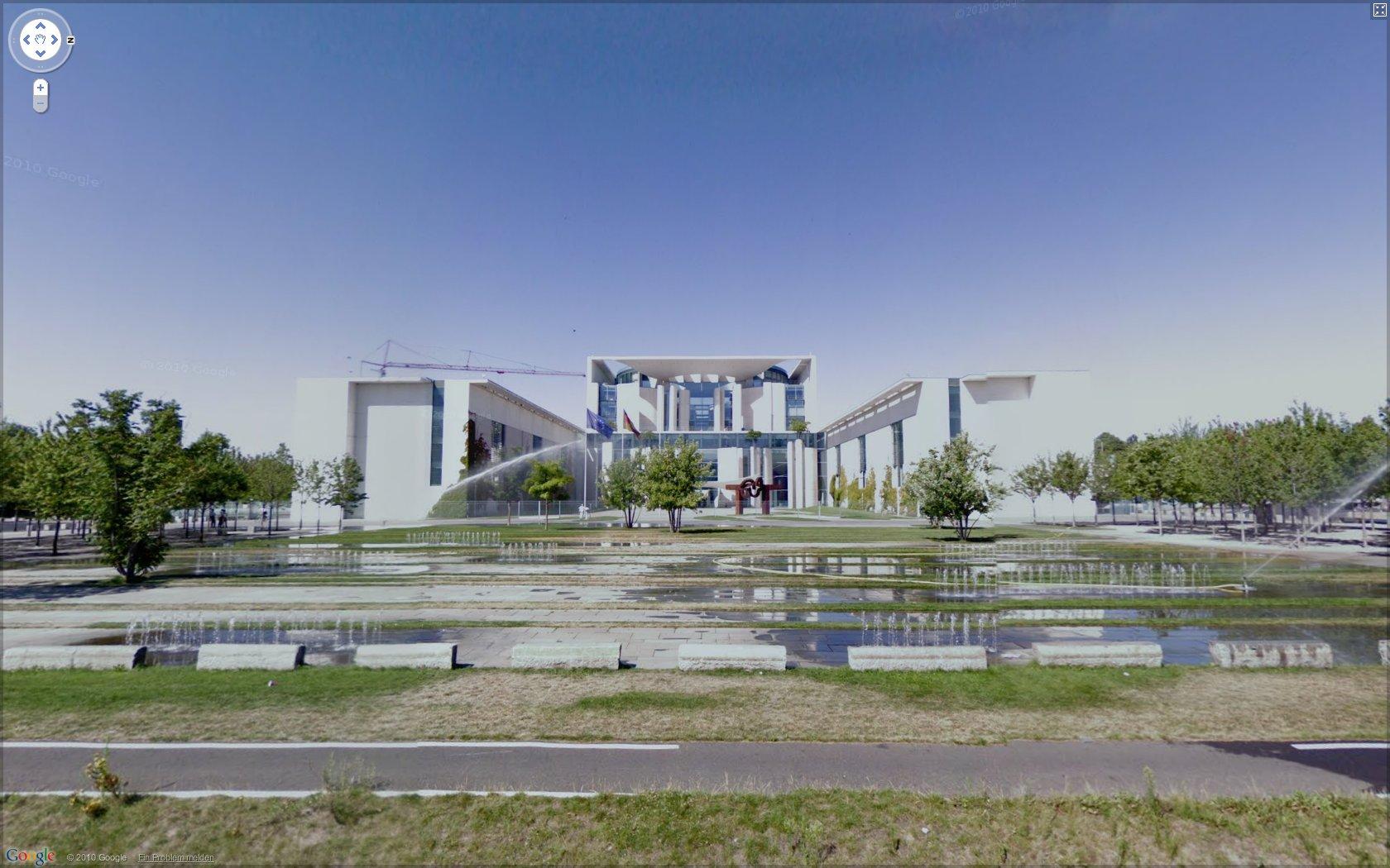 Straßenfotos: Google Street View in Deutschland gestartet - Google Street View: Kanzleramt in Berlin