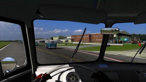 Das VW-Bus-Rennen auf dem Top Gear Test Track beweist den Humor der Entwickler.
