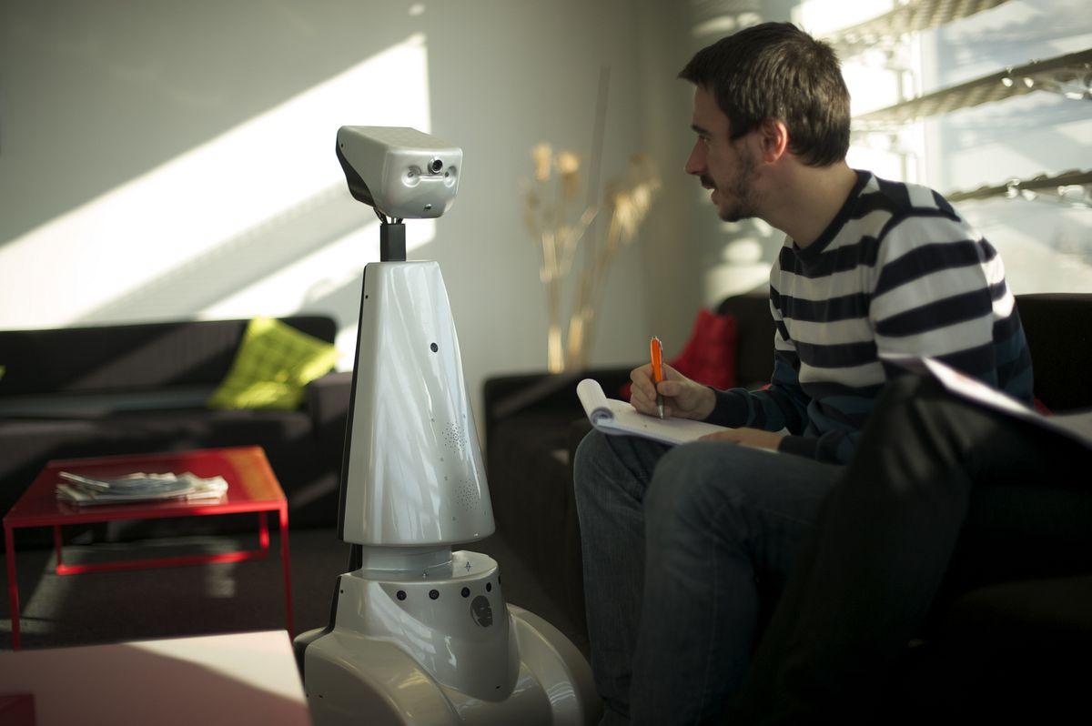Telepräsenzroboter: Virtuell anwesend dank Jazz - ... oder bei der Familie anwesend sein. (Foto: Gostai)