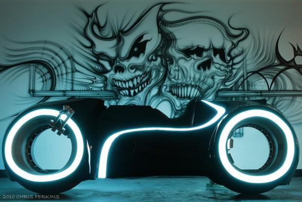 Das Tron-inspirierte Motorrad von Parker Brothers Choppers (Bild: Chris Perkins)