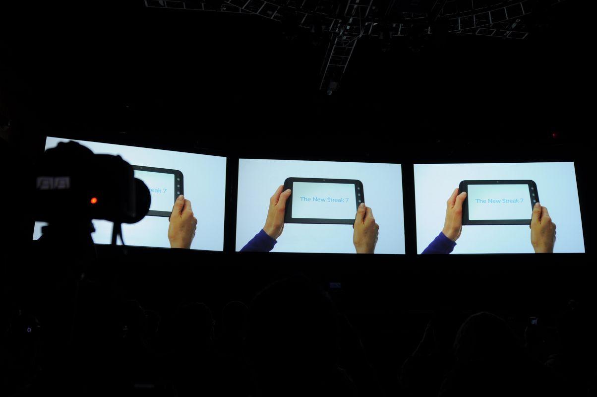 Dell Streak 7: 4G-Tablet mit HSPA+ und Tegra 2 - Dells 7-Zoll-Tablet