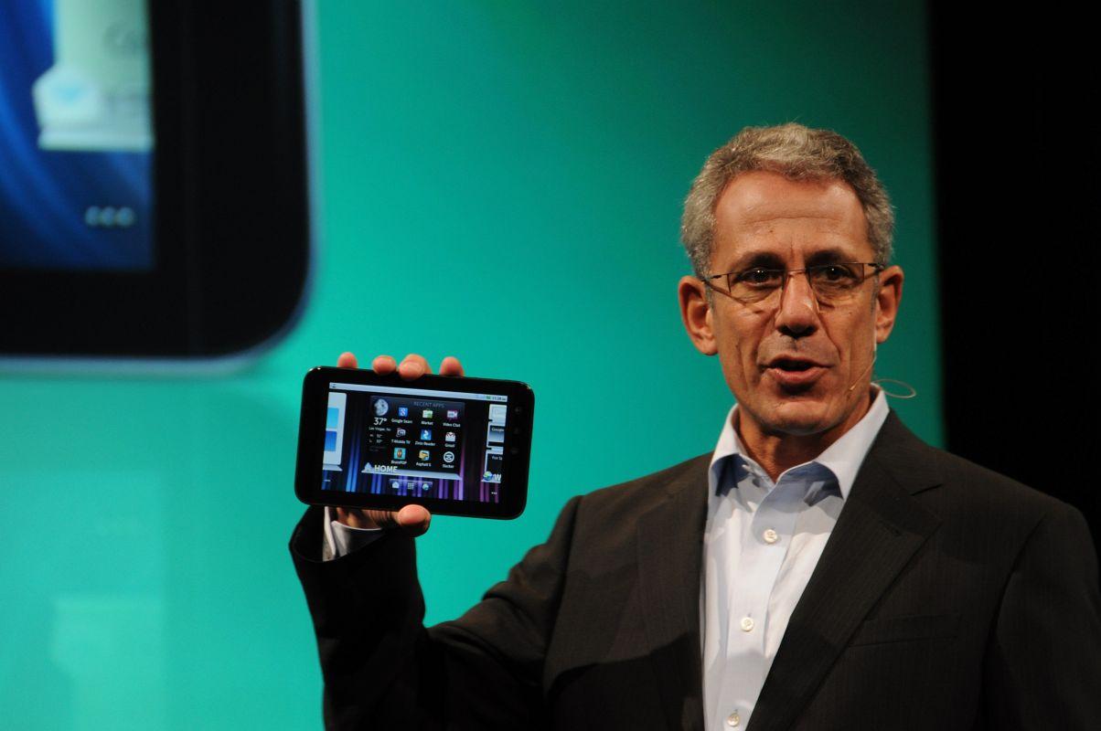 Dell Streak 7: 4G-Tablet mit HSPA+ und Tegra 2 - Michael Tatelmann, Chef der Consumer-Abteilung, stellt das Dell Streak 7 vor.