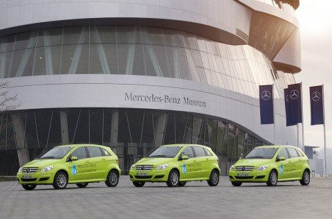 Die drei Mercedes-B-Klasse F-Cell... (Foto: Daimler)