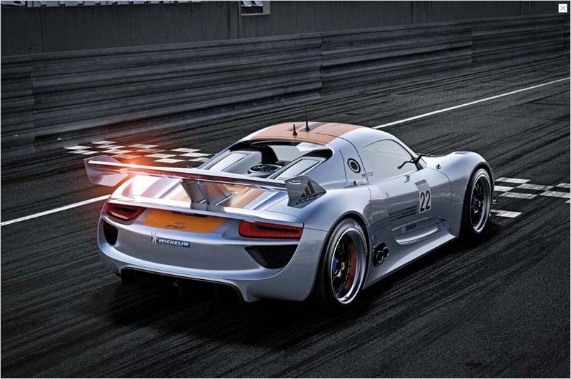 Detroit Auto Show: Porsche stellt Hybridrenner 918 RSR vor - ... ist ein Rennwagen mit Hybridantrieb. (Bild: Porsche)
