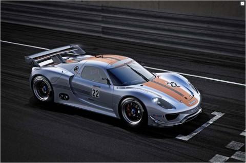 Der Porsche 918 RSR... (Bild: Porsche)