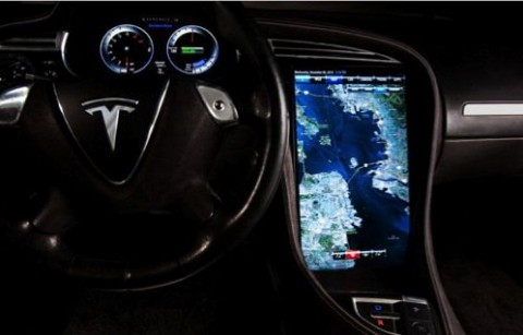 Display des Navigationssystems im Model S (Bild: Tesla Motors)